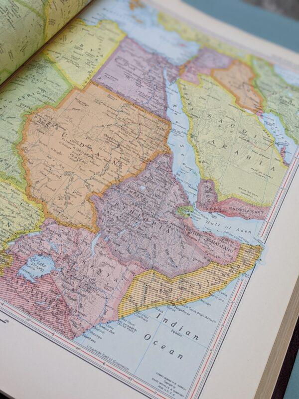 Encyclopedia Britannica World Atlas - Unabridged, 1959